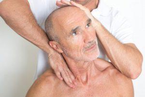 Преимущества массажа для пенсионеров в пансионате