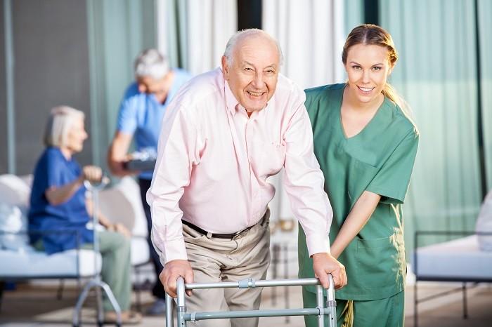 забота за пожилыми в Отрадной