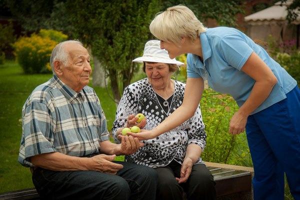 уход за пожилыми в Мостовском