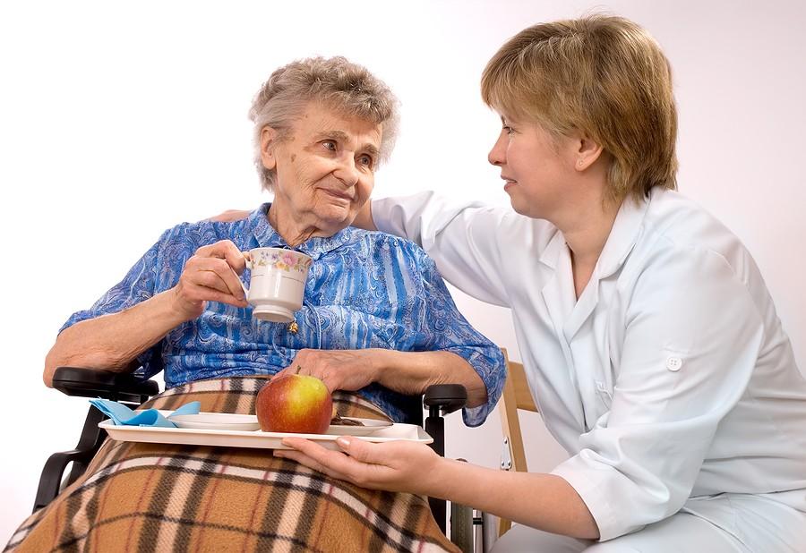 круглосуточная помощь пожилому человеку