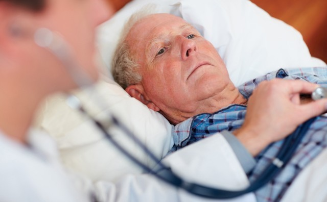 осмотр пациента при гипертонии