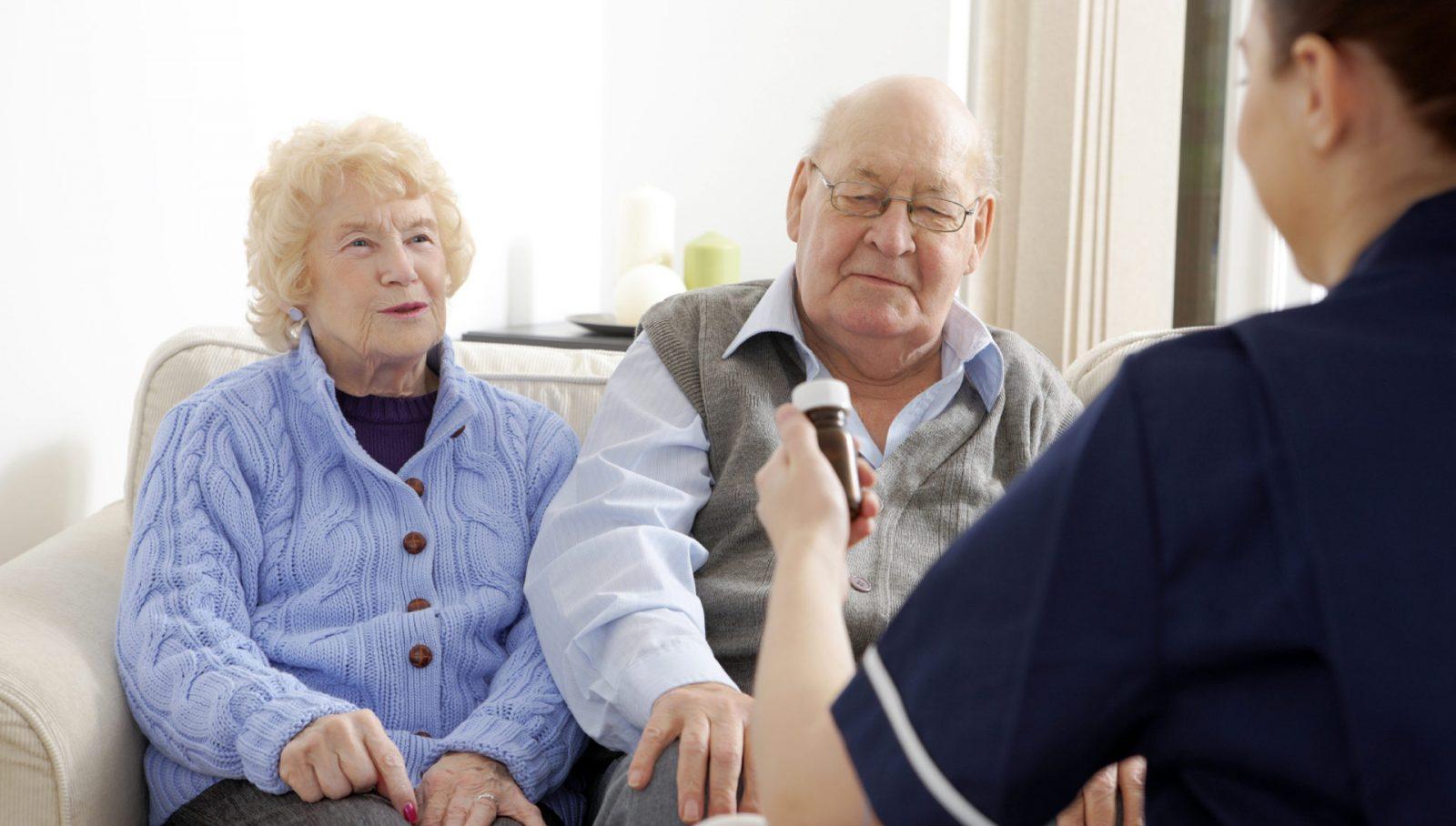 уход за пожилым старше 80 лет